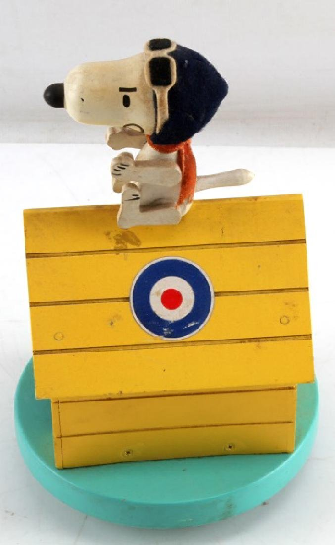 PEANUTS SNOOPY RED BARON UFS 1968 MUSIC BOX - 2