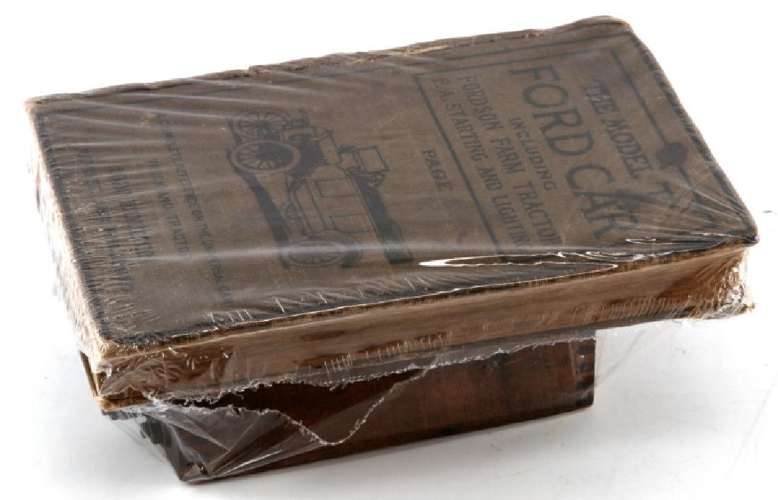 ANTIQUE FORD MODEL T WOOD COIL & 1920 MANUAL BOOK - 2