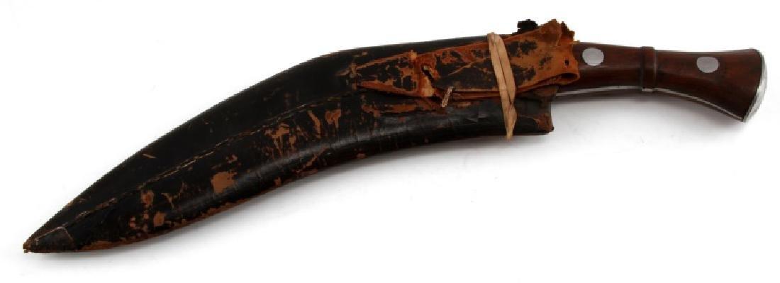 VINTAGE NEPALESE GHURKA KUKRI KNIFE AND SCABBARD - 5