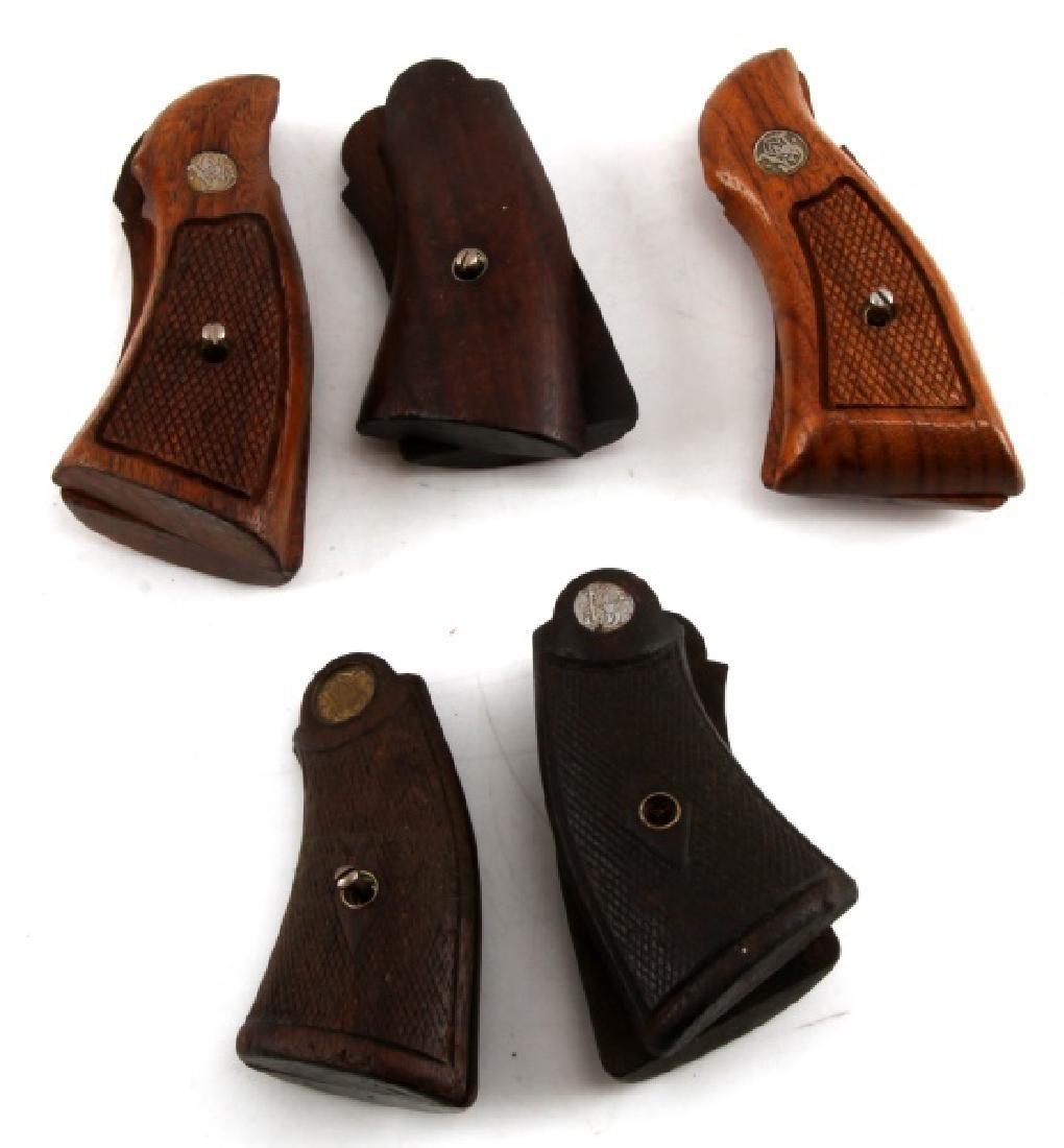 GROUPING OF 5 SMITH & WESSON WOODEN REVOLVER GRIPS - 2