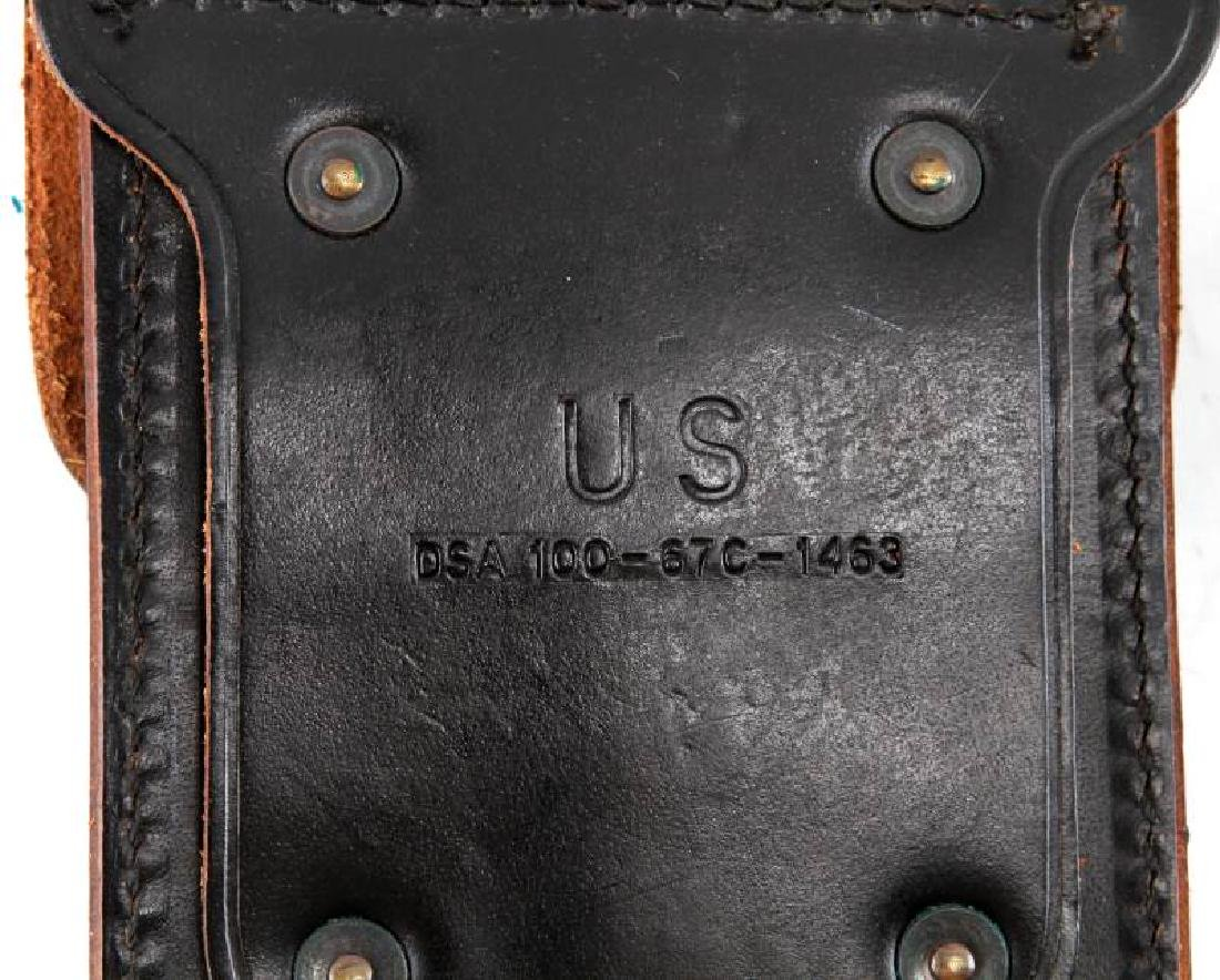 US WWII BOYT LEATHER COLT ARMY HOLSTER & MAG POUCH - 4
