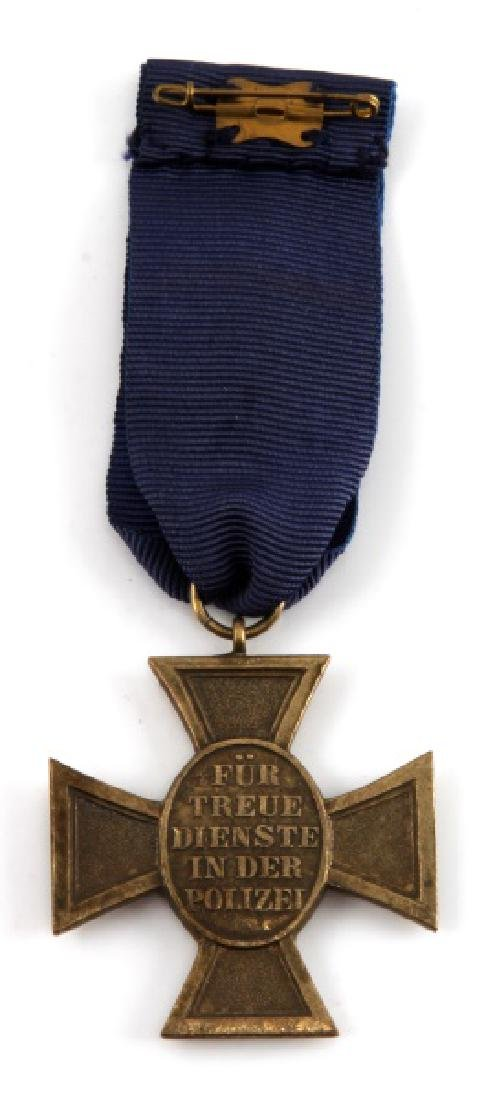 WWII GERMAN POLICE 25 YEARS LONG SERVICE MEDAL - 2