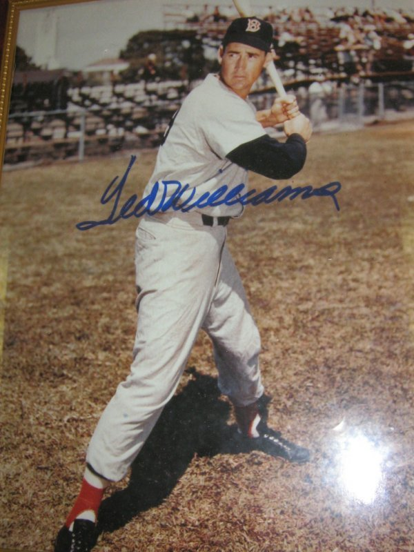 """TED WILLIAMS 8 X 10"""" SIGNED PHOTOGRAPH"""