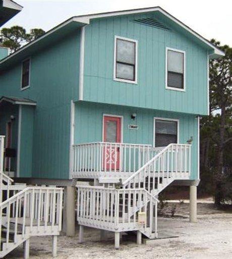 2 BED 2 BATH TOWNHOME SAN BLAS FLORIDA 100FT FROM BEACH