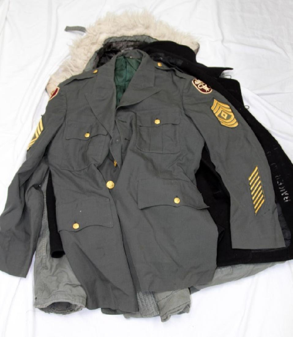 LARGE LOT OF ASSORTED MILITARY CLOTHING & UNIFORMS