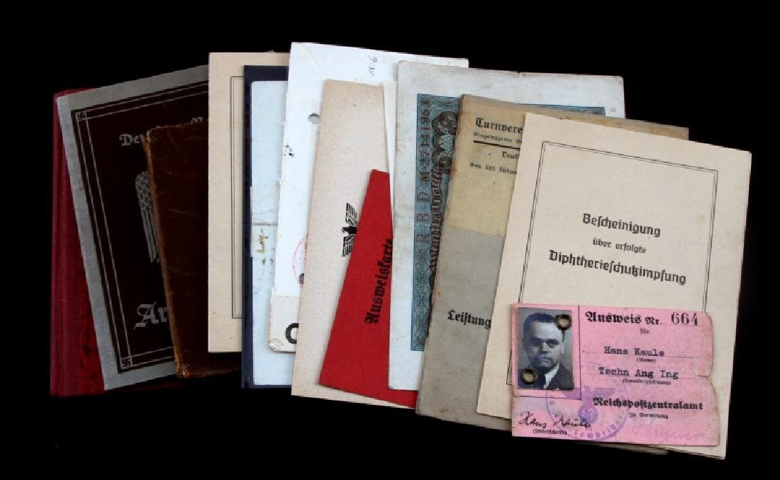 LOT OF 15 MIXED GERMAN WWII DOCUMENTS CURRENCY