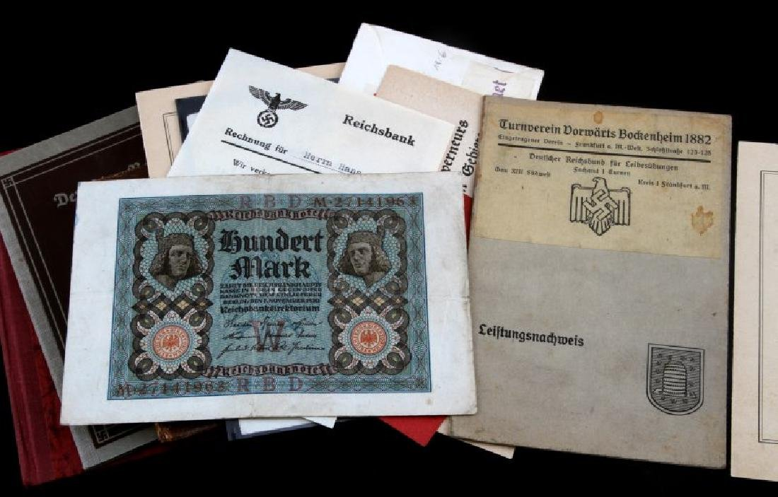 LOT OF 15 MIXED GERMAN WWII DOCUMENTS CURRENCY - 3