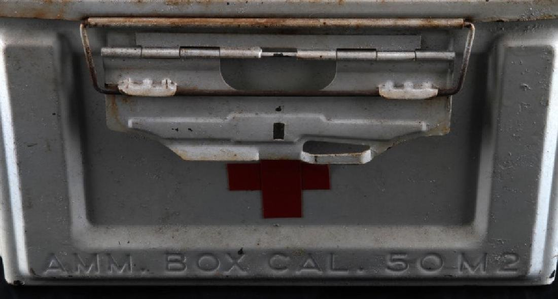 WHITE US WWII MEDIC FIELD KIT AMMO BOX - 4