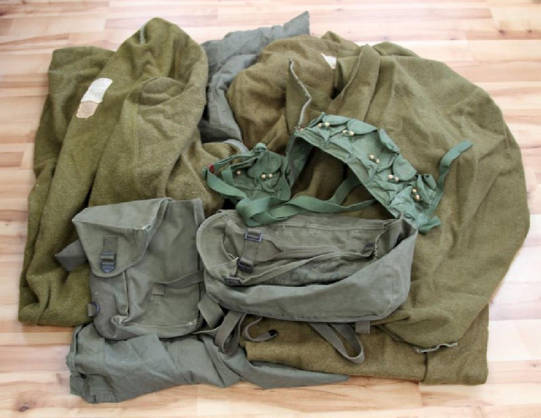 ASSORTED WWII US ARMY MILITARY GEAR LOT