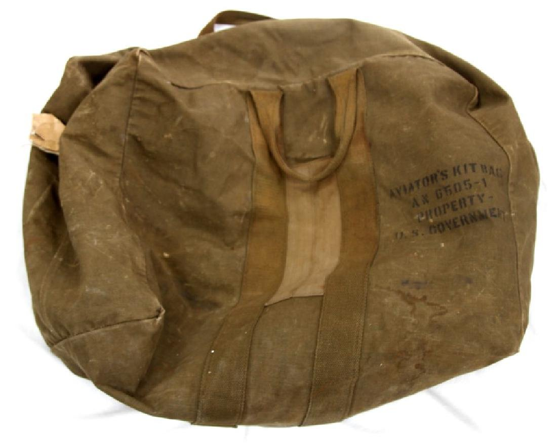 US MILITARY LOT OF VARIOUS BLANKETS AND BAGS - 7