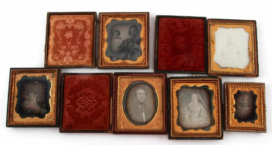 19TH CENTURY PHOTO DAGUERREOTYPES AND CASES