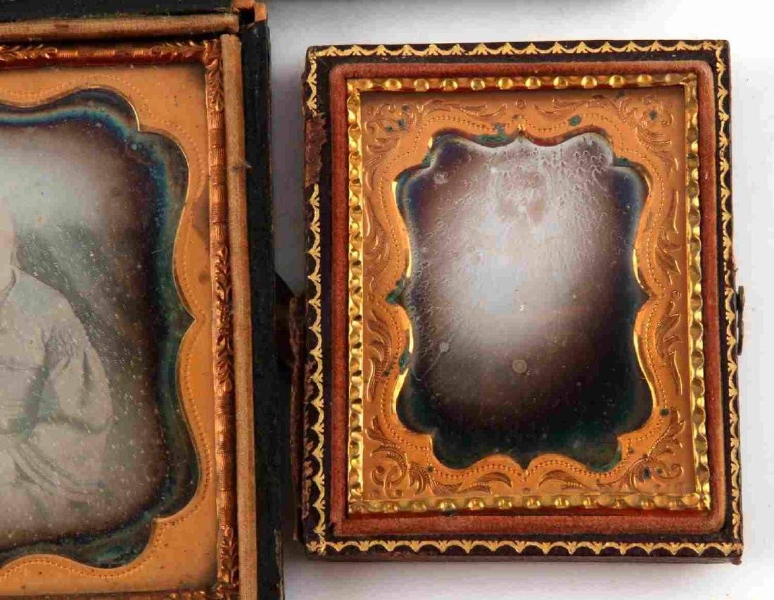 19TH CENTURY PHOTO DAGUERREOTYPES AND CASES - 4