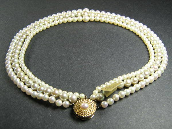 TRIPLE STRAND TAPERED PEARL NECKLACE / 14K CLASP