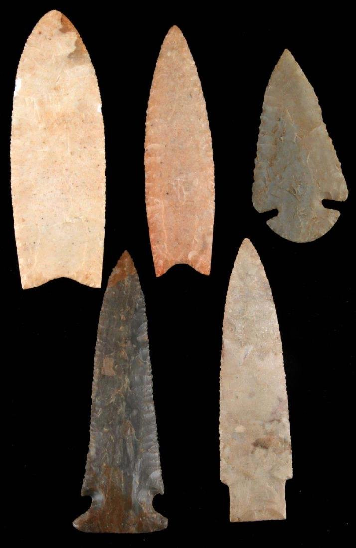 LOT OF 5  ARCHAIC DOVETAIL ARROWHEAD NEOLITHIC