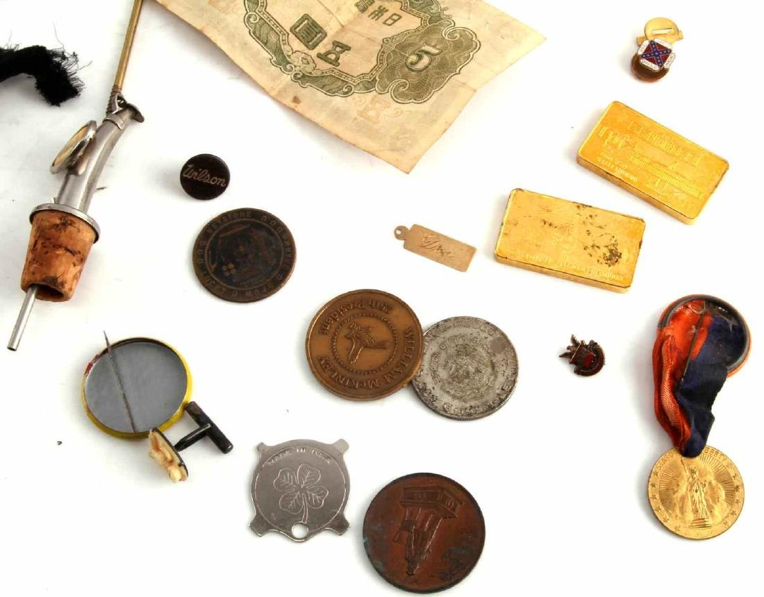 LOT OF MISCELLANEOUS COLLECTIBLES TRINKETS GOLD - 6