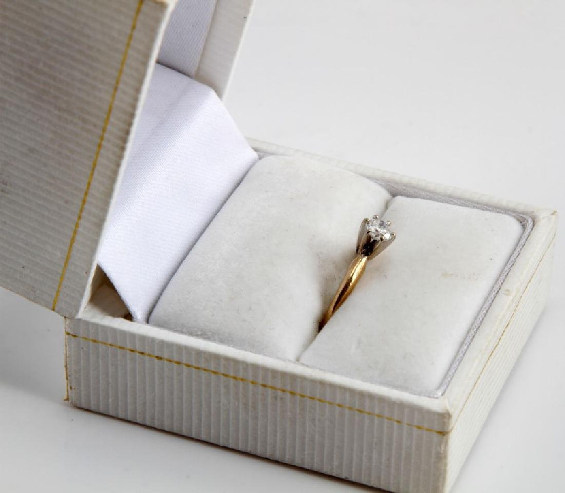 14KT GOLD 1/4CT DIAMOND SOLITAIRE ENGAGEMENT RING - 8