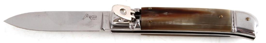 AKC ITALIAN LEVER LOCK HONEY HORN AUTOMATIC KNIFE