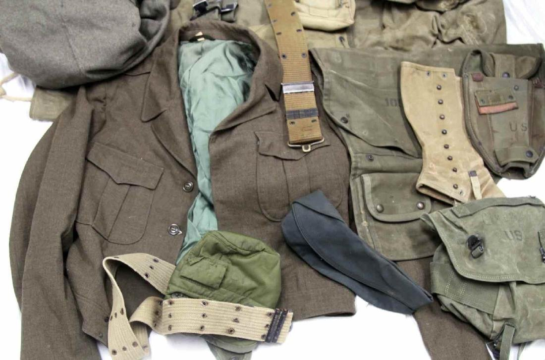 ASSORTED US MILITARY CLOTHING & GEAR LOT - 4