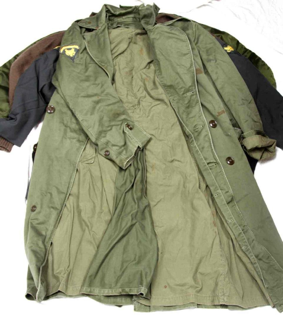 ASSORTED US MILITARY CLOTHING & UNIFORM LOT - 7