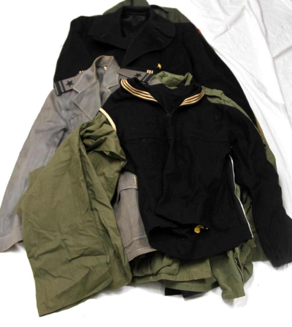 LOT OF WWII & LATER MILITARY UNIFORM & CLOTHING