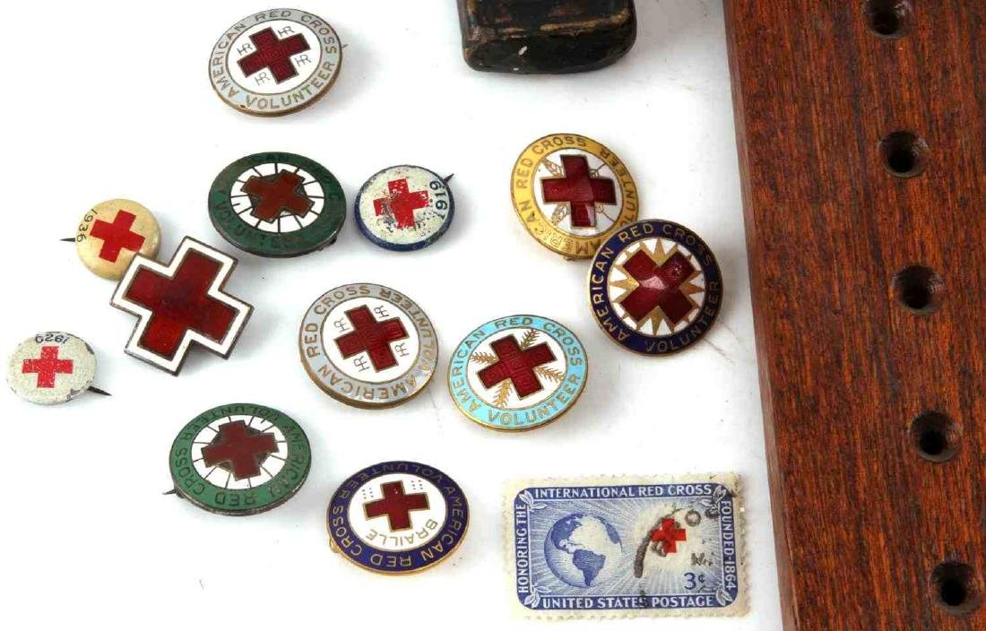 US MILITARY MULTI CONFLICT BADGE MEDAL ITEM LOT - 2