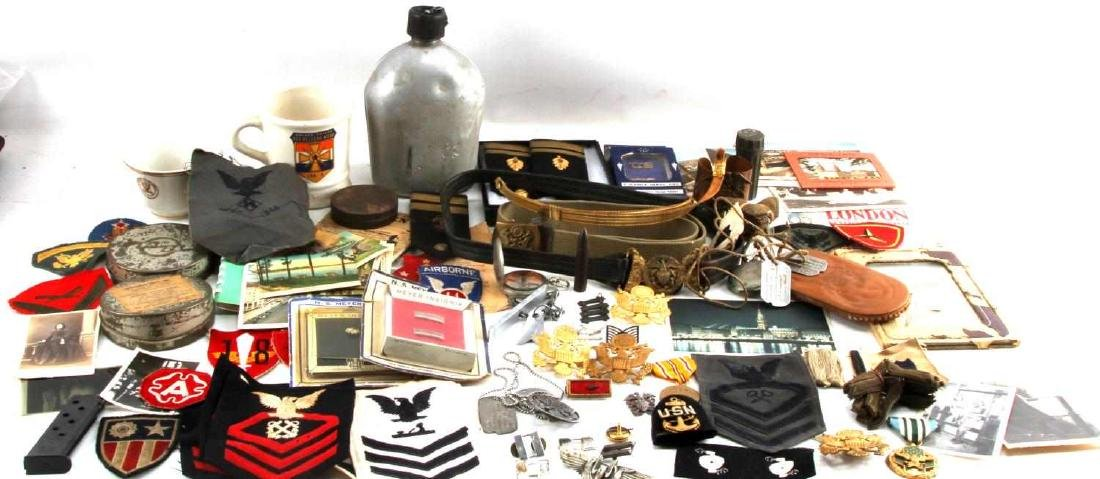 LOT OF MISCELLANEOUS US MILITARY COLLECTIBLES