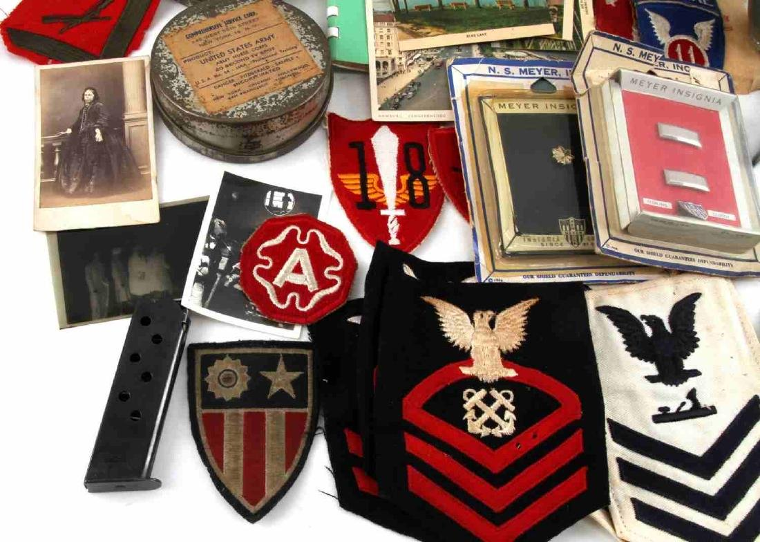 LOT OF MISCELLANEOUS US MILITARY COLLECTIBLES - 7