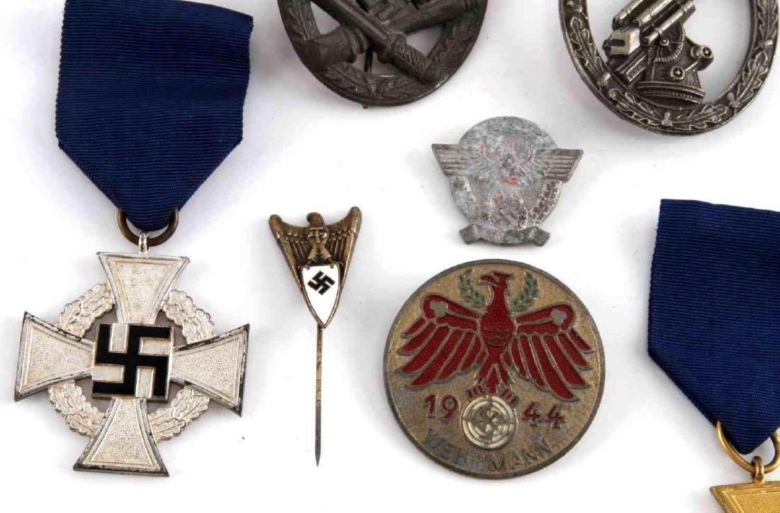 MIXED LOT OF GERMAN WWII BADGES PINS MEDALS MORE - 3