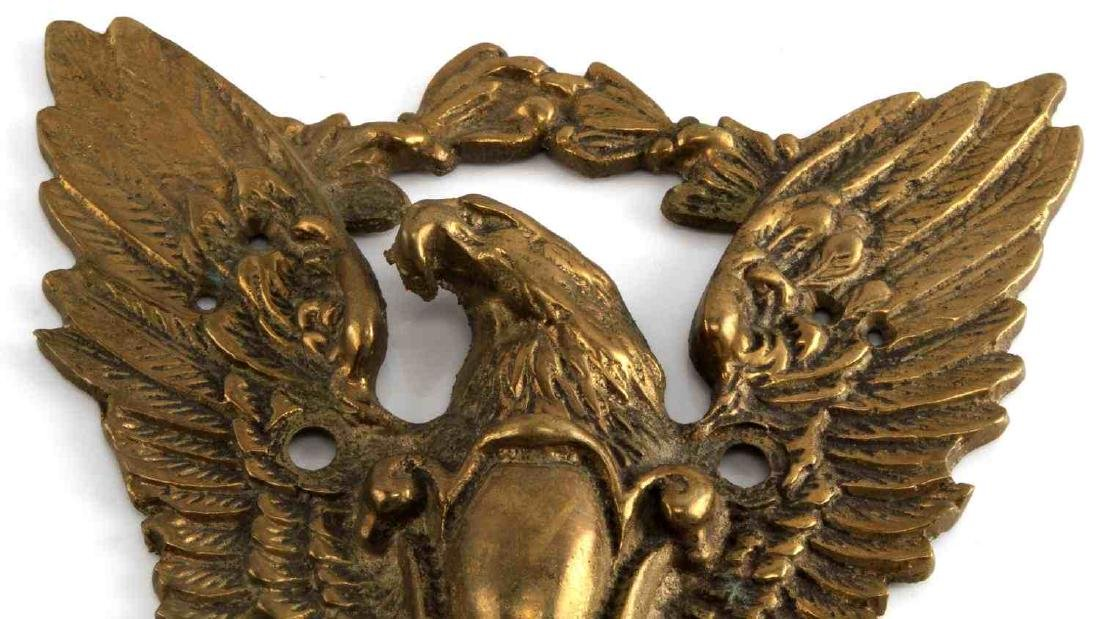 ANTIQUE FEDERAL EAGLE BRASS OUTDOOR WALL MOUNT - 2