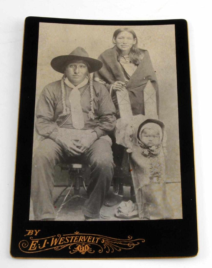 OLD WEST INDIAN FAMILY COWBOY CABINET CARD PHOTO