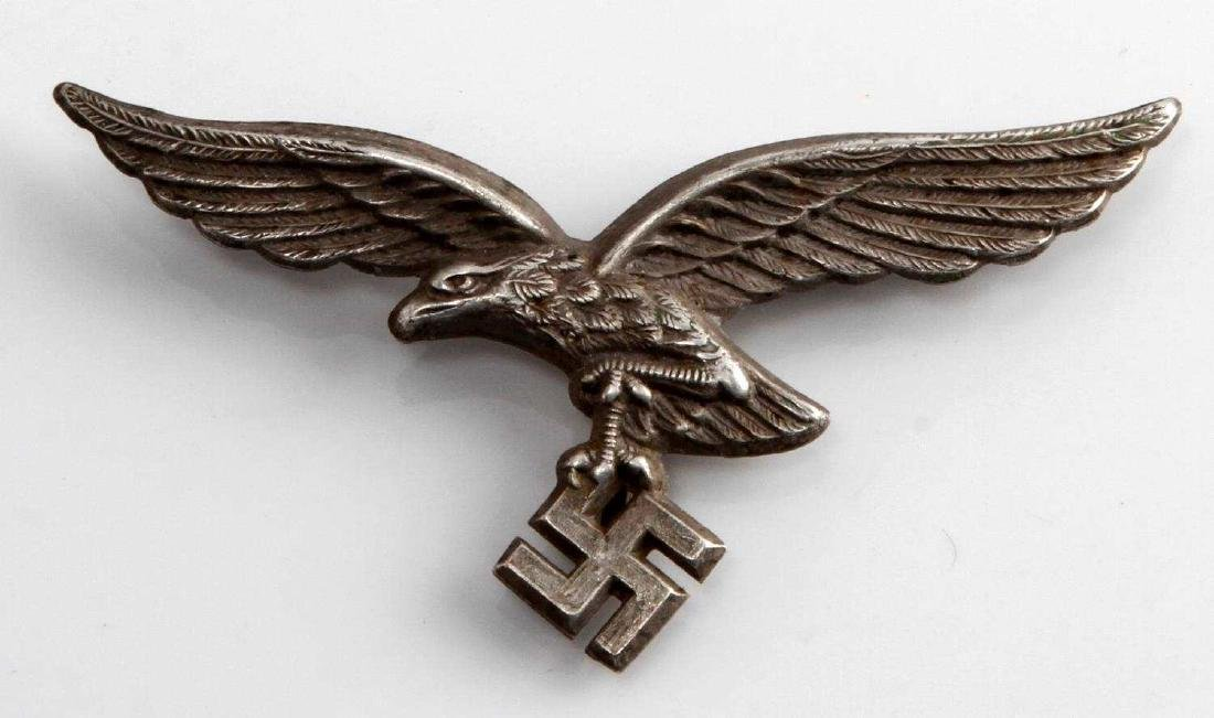 WWII GERMAN 3RD REICH LUFTWAFFE PITH HELMET BADGE