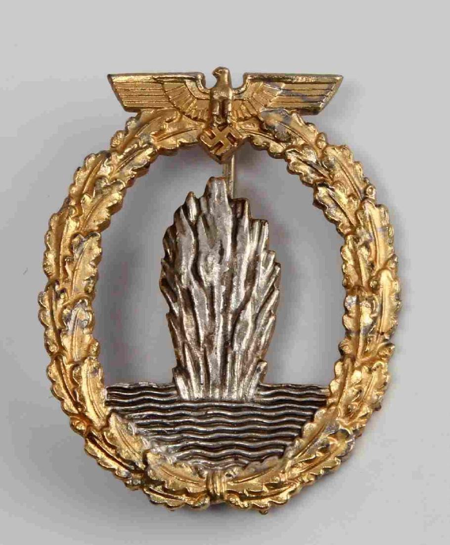 WWII GERMAN THIRD REICH NAVAL MINE SWEEPER BADGE
