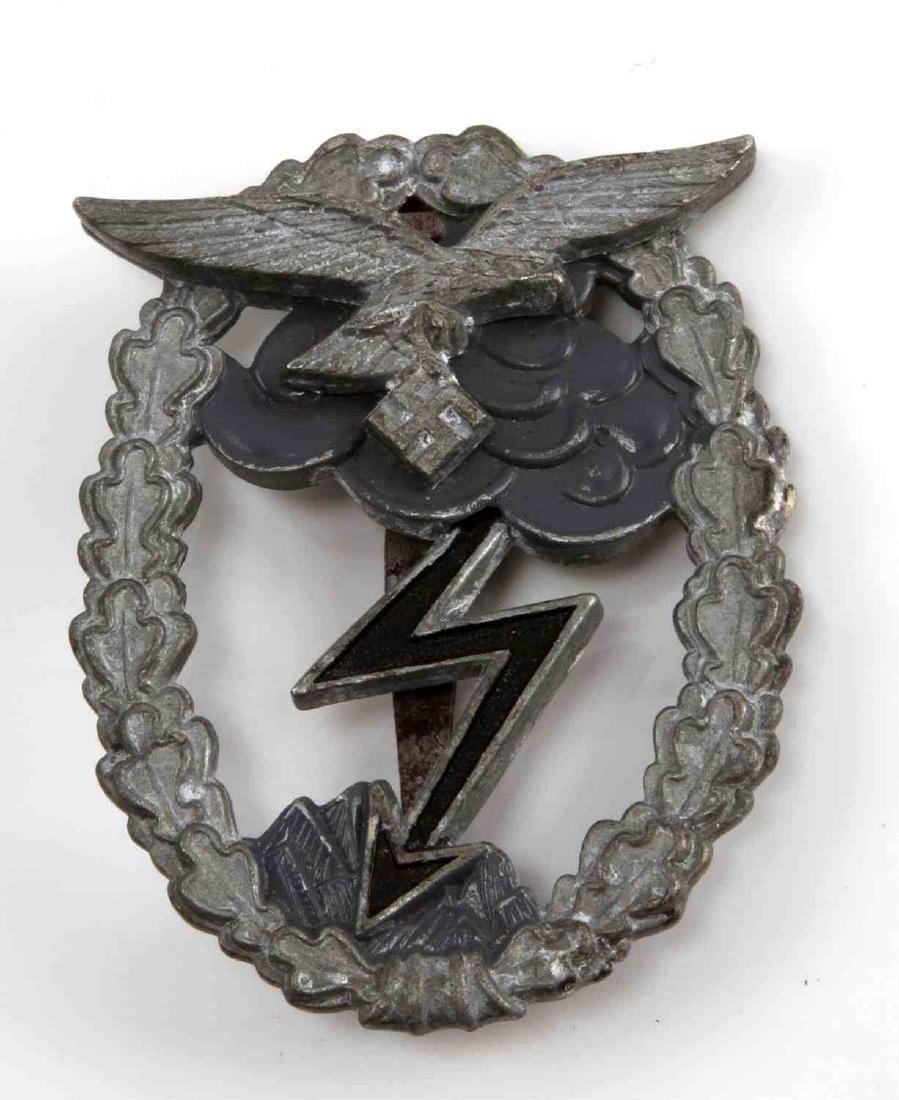 GERMAN WWII LUFTWAFFE GROUND ASSAULT COMBAT BADGE