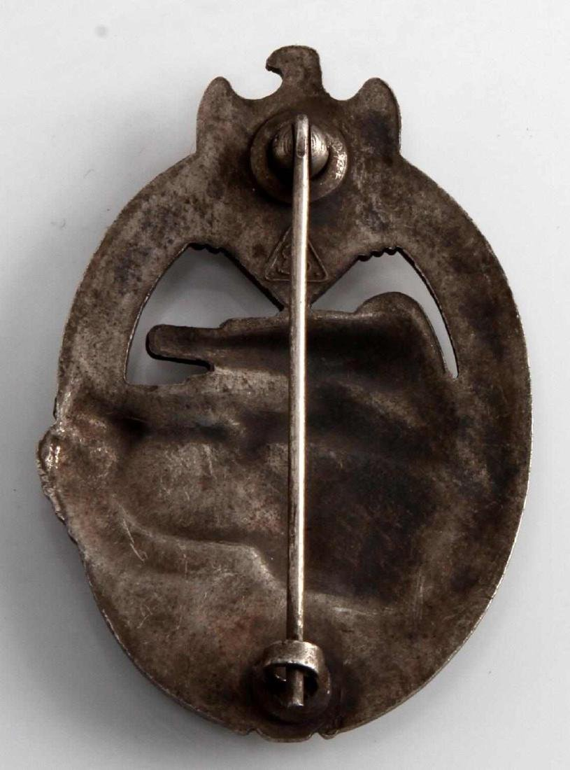 GERMAN WWII ARMY SILVER TANK ASSAULT BADGE - 2