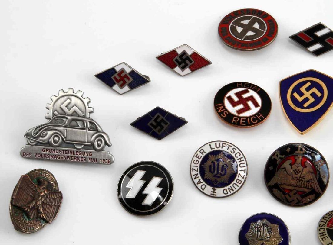 19 GERMAN WWII THIRD REICH PARTY BADGES RMZ - 2