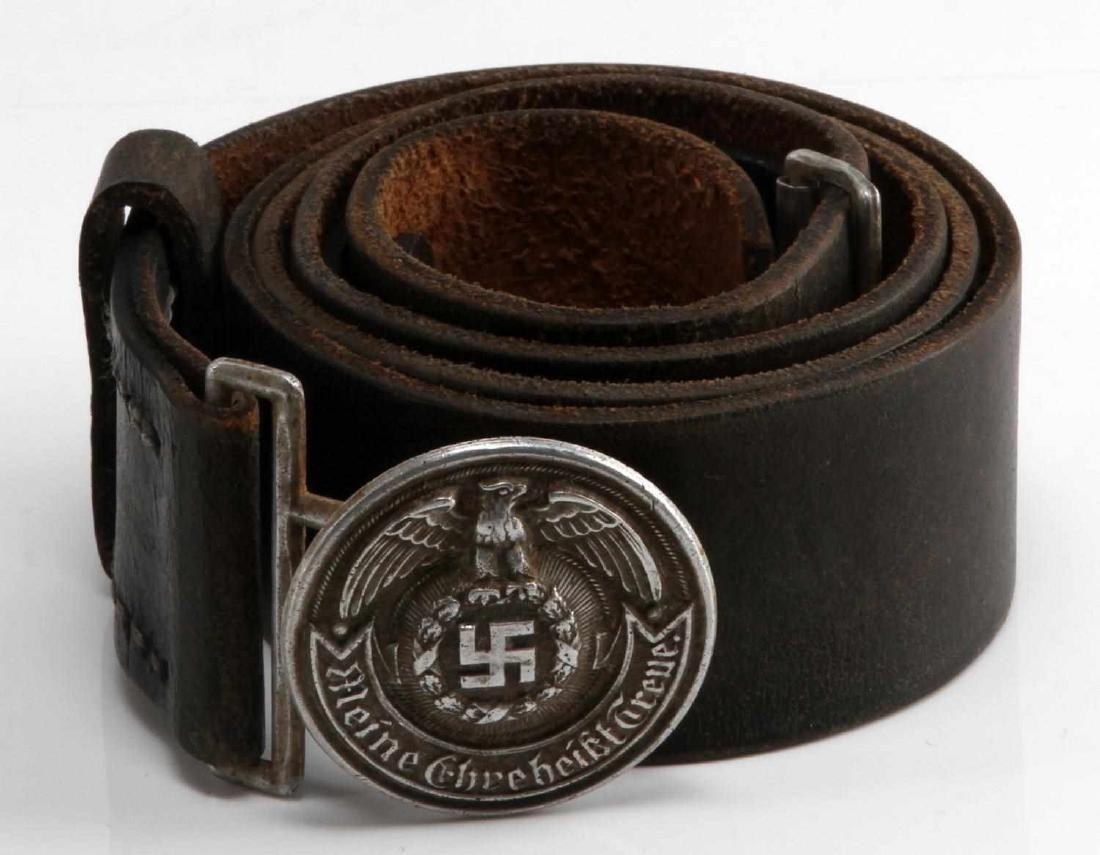 GERMAN WWII WAFFEN SS OFFICERS BELT & BELT BUCKLE