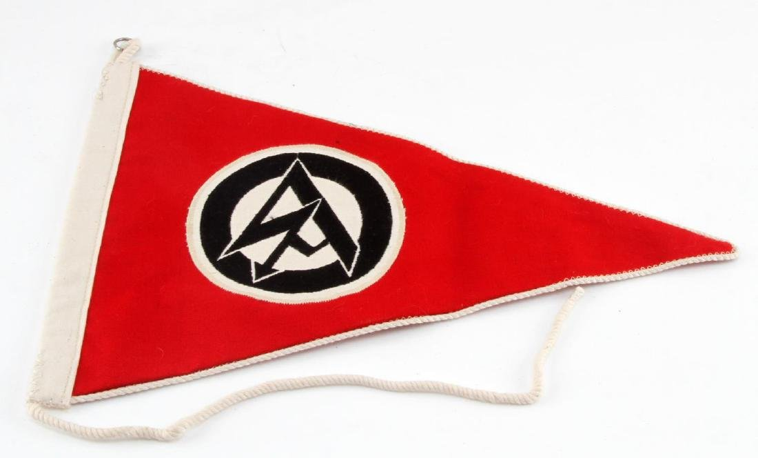 GERMAN WWII POLITICAL SA OFFICERS CAR PENNANT