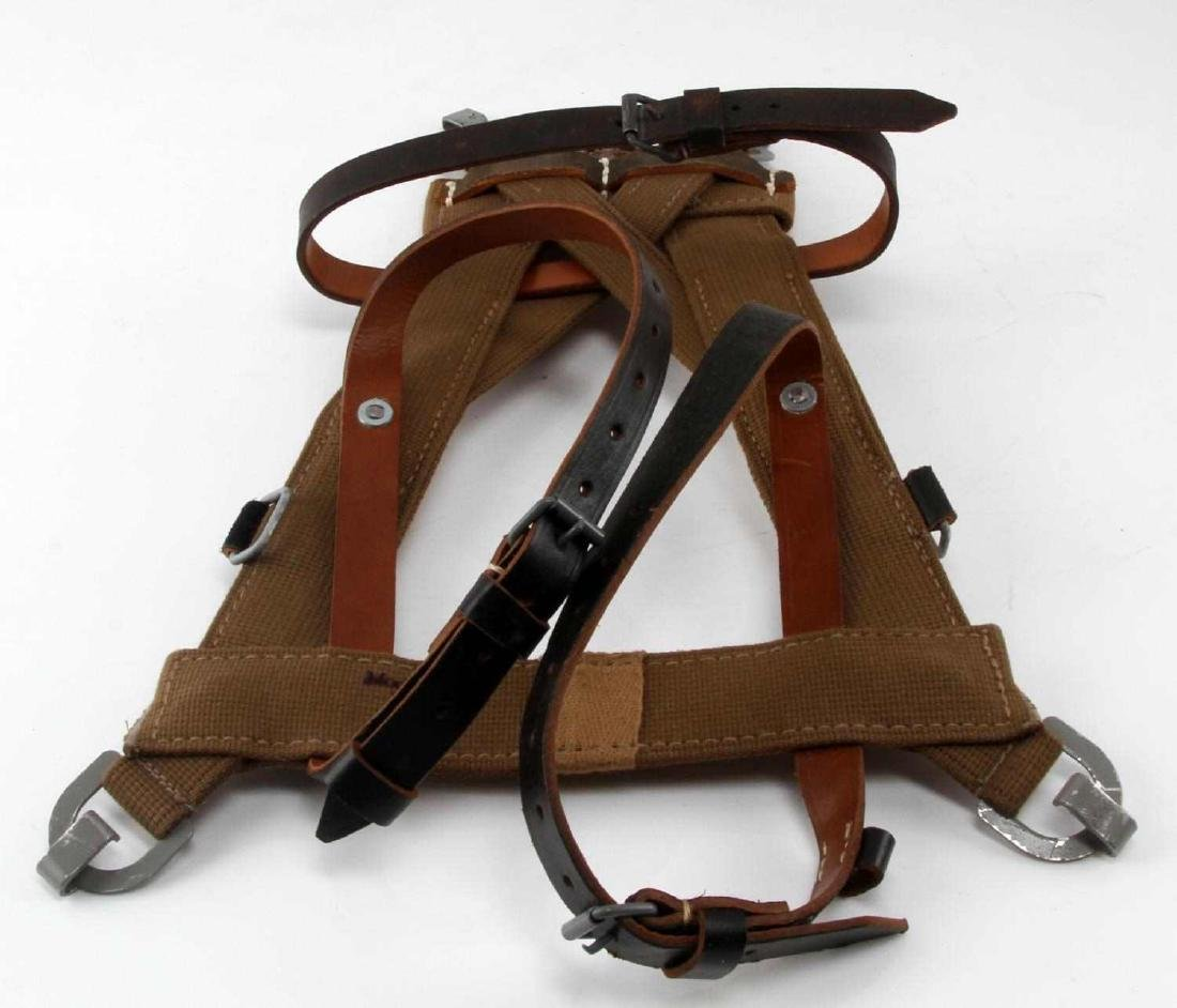 GERMAN WWII MILITARY COMBAT BACKPACK A FRAME