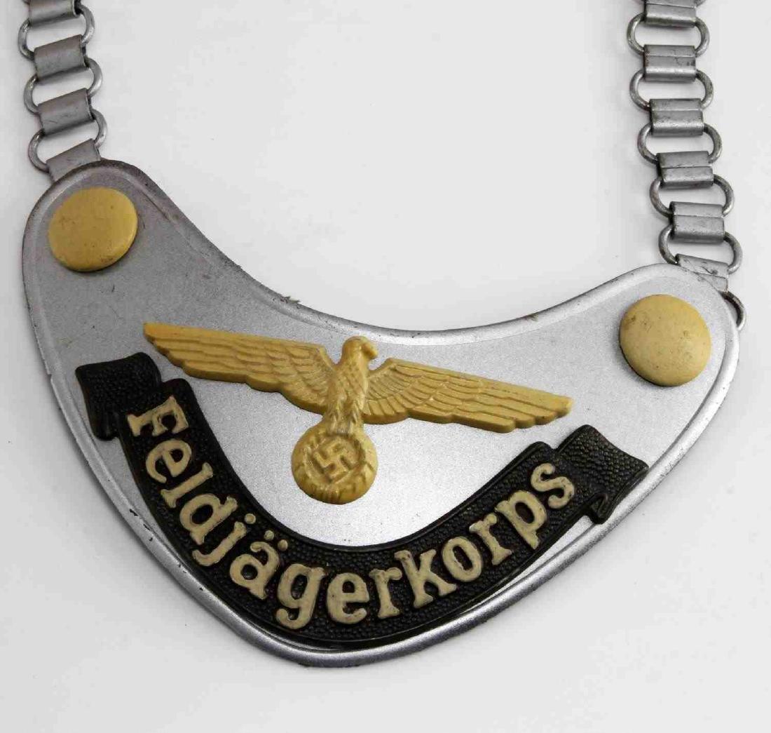 WWII GERMAN THIRD REICH FELDJAGERKORPS GORGET - 2