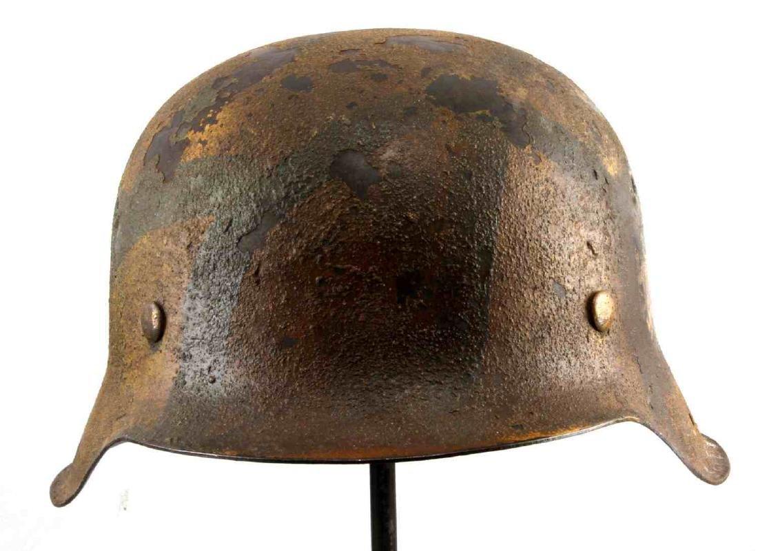 GERMAN BATTLE OF BULGE M-42 PAINTED COMBAT HELMET