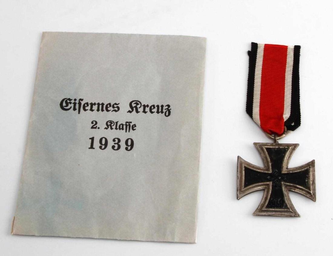 WWII GERMAN THIRD REICH 2ND CLASS IRON CROSS