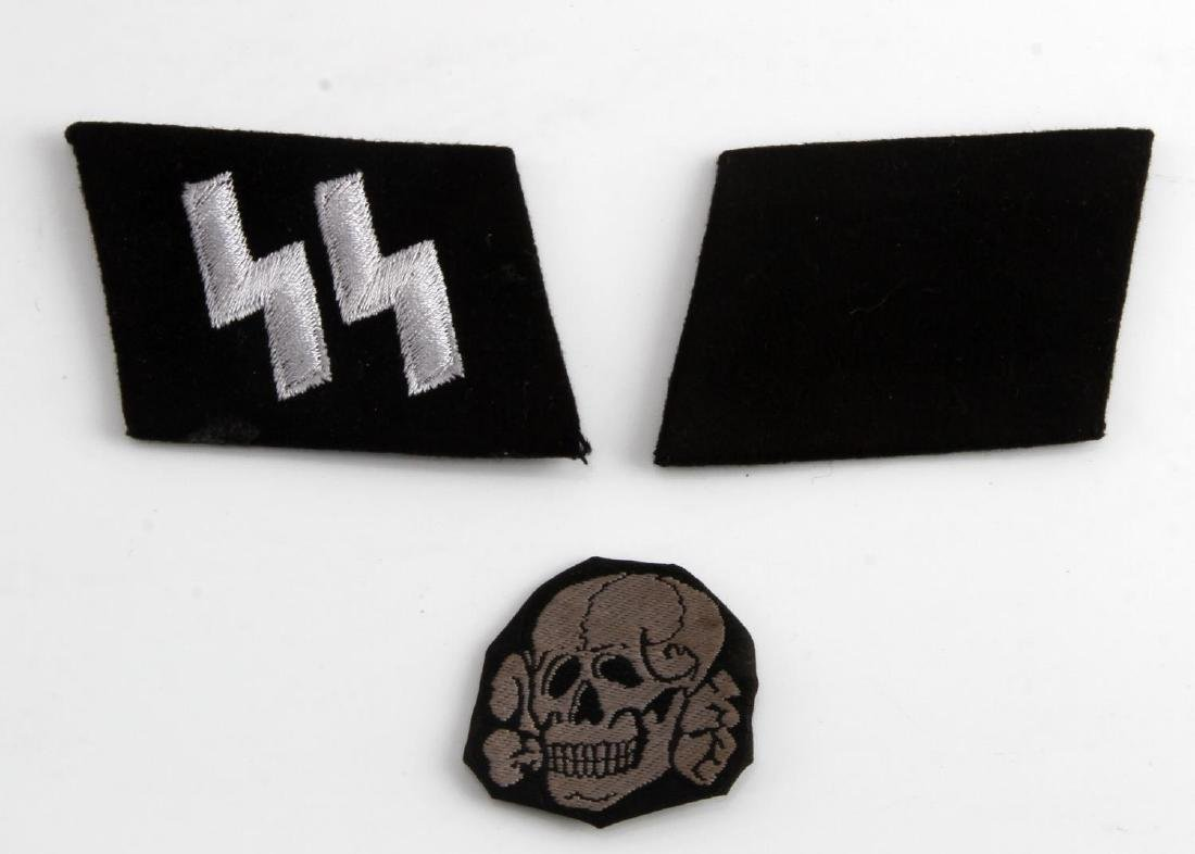 PAIR OF GERMAN WWII WAFFEN SS COLLAR TABS RUNES