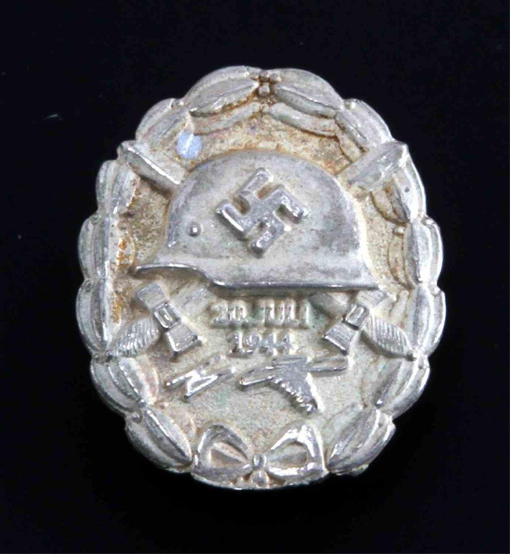 GERMAN WWII HITLER JULY 20 1944 SILVER WOUND BADGE