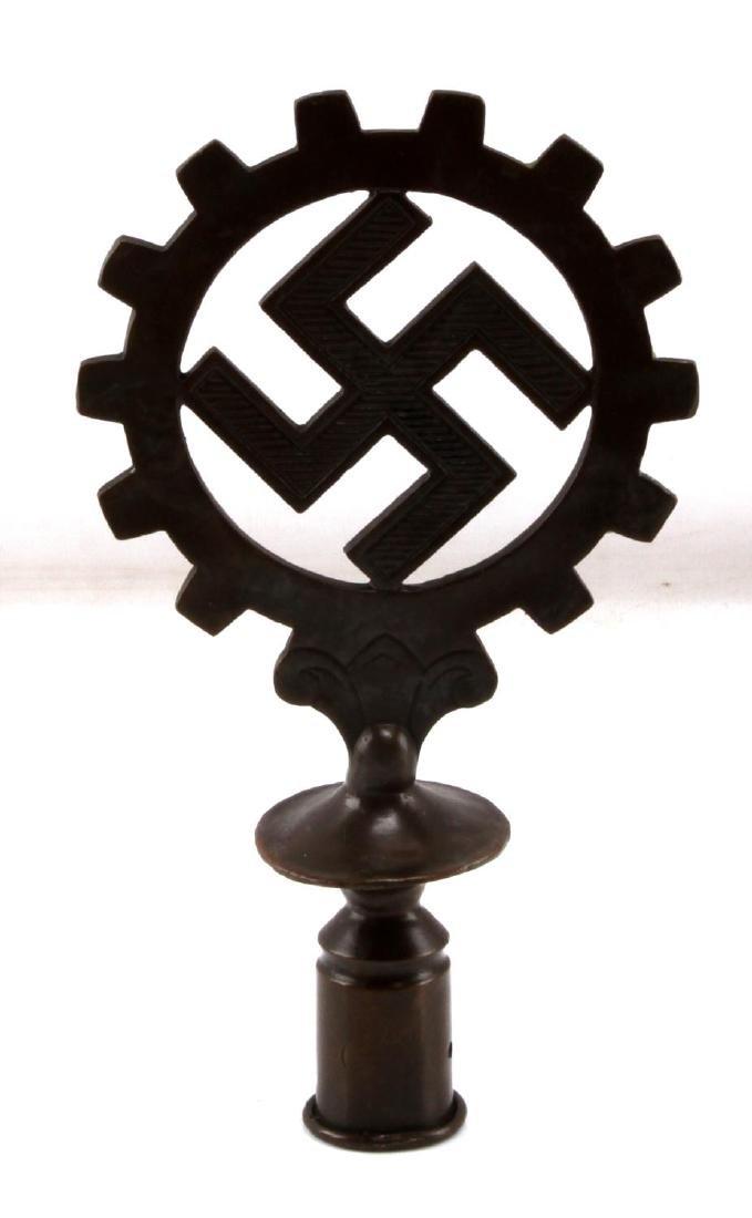 WWII GERMAN THIRD REICH DAF WORKER FLAG FINIAL