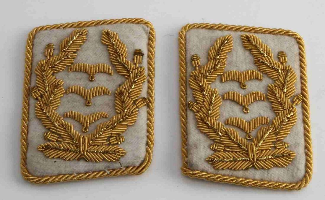 PAIR OF GERMAN WWII LUFTWAFFE GENERAL COLLAR TABS
