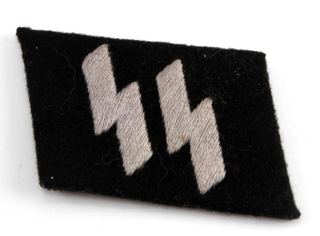 GERMAN WWII WAFFEN SS ENLIST MAN RUNIC COLLAR TAB