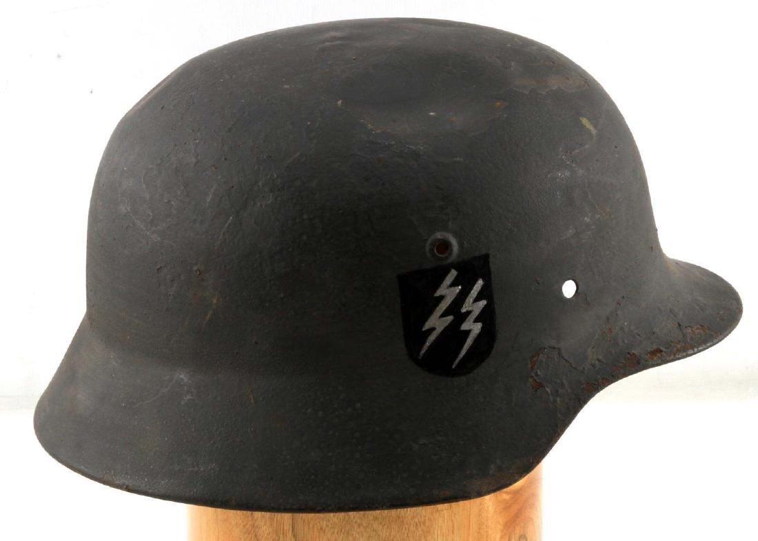 WWII GERMAN THIRD REICH VET PAINTED M40 HELMET
