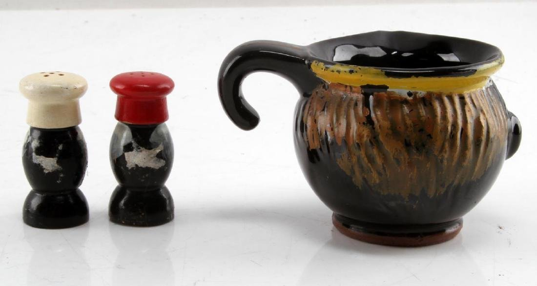 BLACK AMERICANA CREAMER CUP SALT & PEPPER SHAKERS - 4