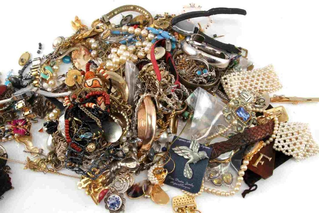 8 POUNDS OF UNSEARCHED COSTUME JEWELRY