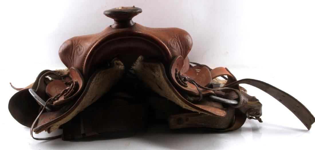 20TH CENTURY WESTERN STYLE TOOLED LEATHER SADDLE - 4